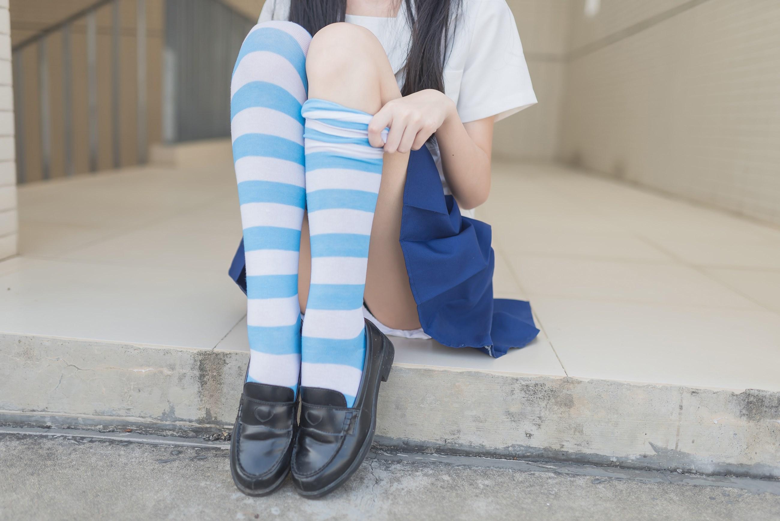【兔玩映画】蓝白条纹的小细腿 兔玩映画 第35张