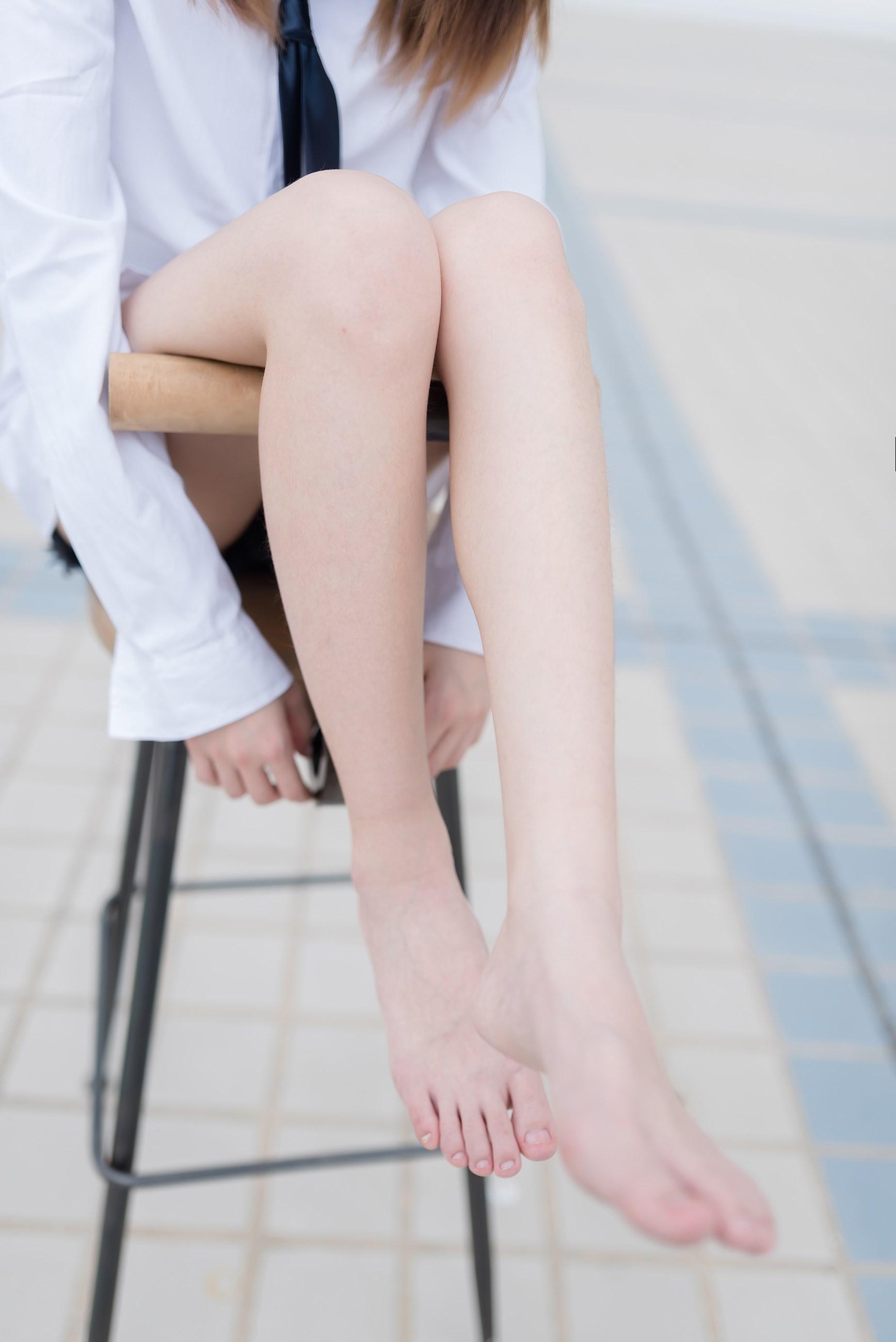 【兔玩映画】裸脚白衬衫 · 足控福利 兔玩映画 第39张