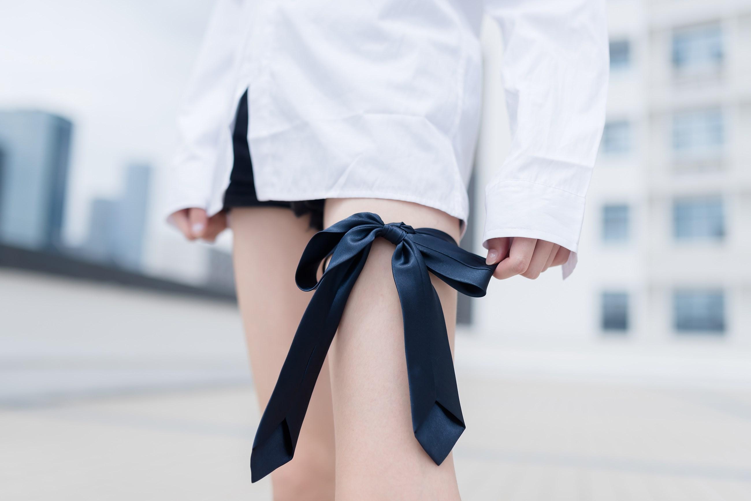 【兔玩映画】裸脚白衬衫 · 足控福利 兔玩映画 第32张