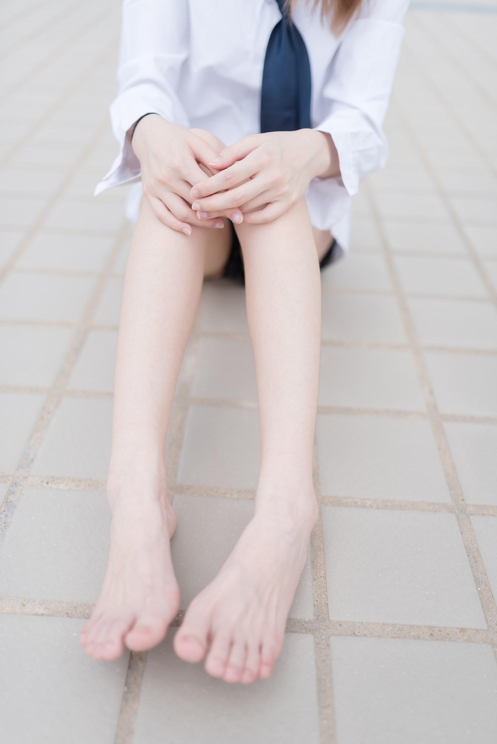 【兔玩映画】裸脚白衬衫 · 足控福利 兔玩映画 第24张