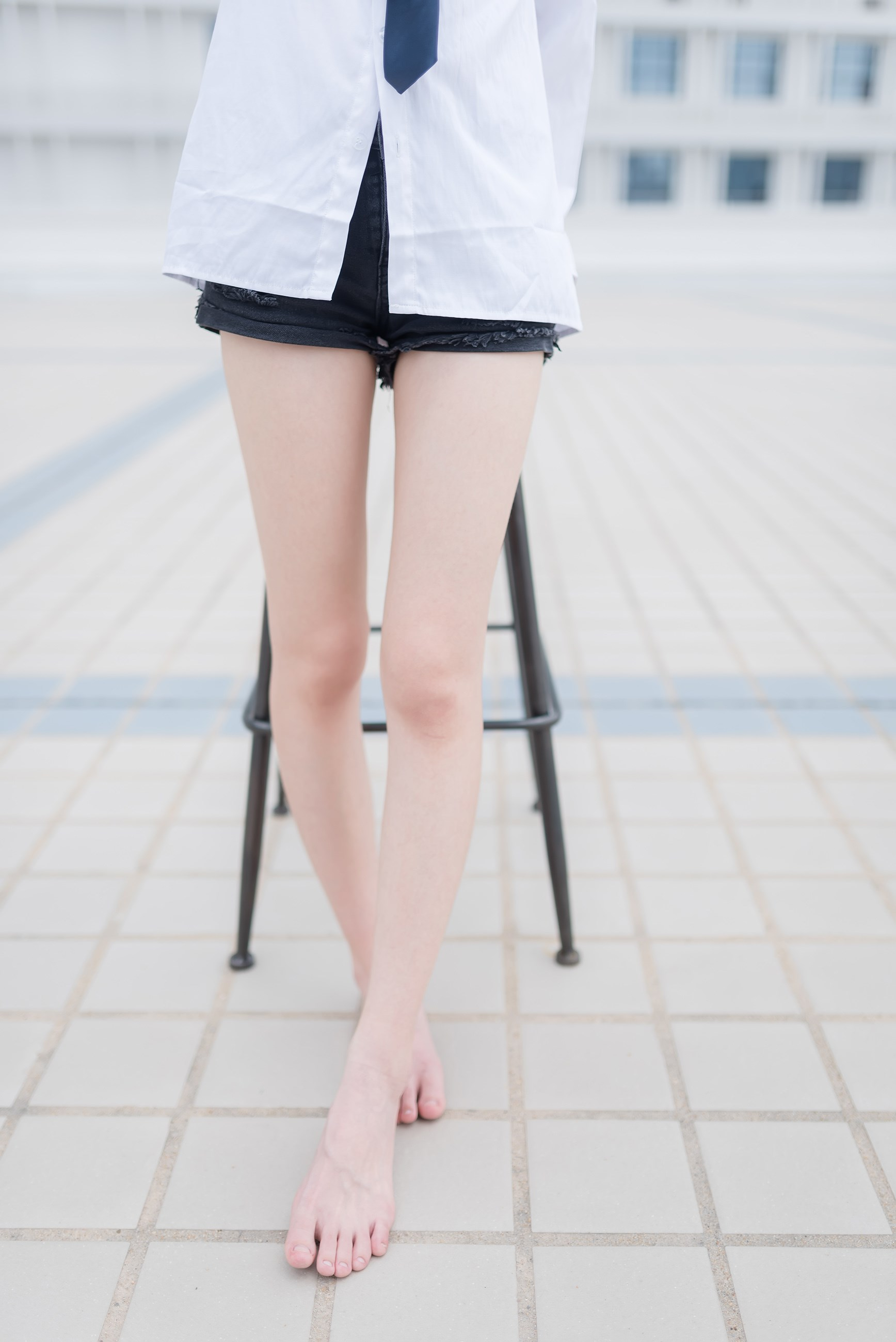 【兔玩映画】裸脚白衬衫 · 足控福利 兔玩映画 第16张