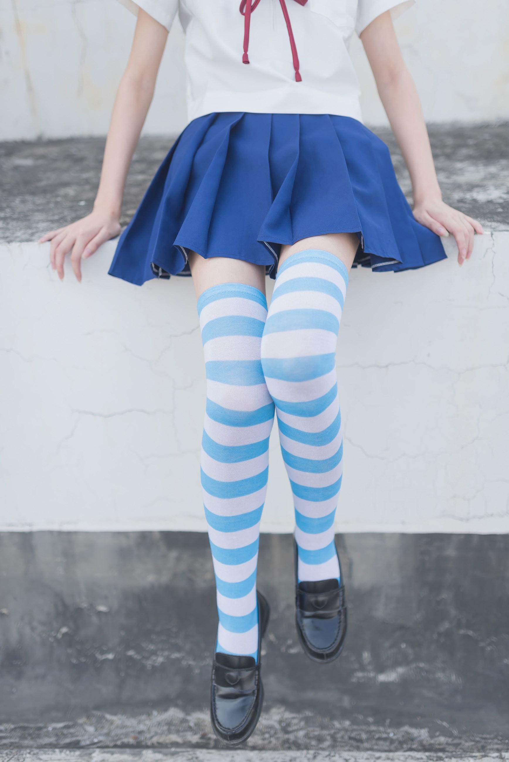 【兔玩映画】蓝白条纹的小细腿 兔玩映画 第7张