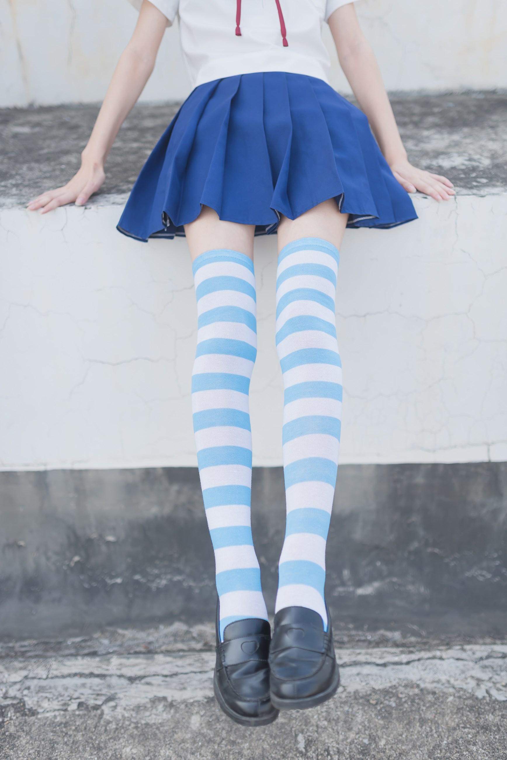 【兔玩映画】蓝白条纹的小细腿 兔玩映画 第6张