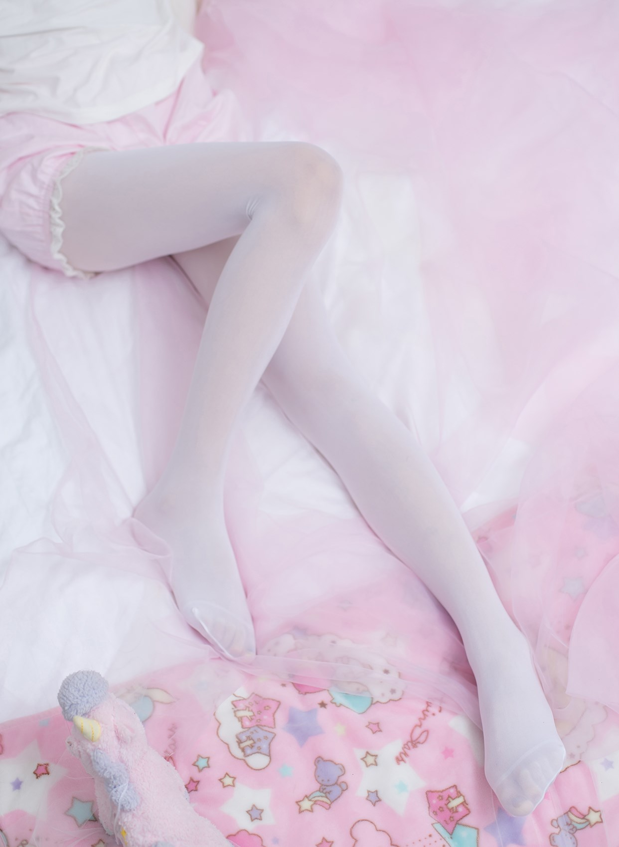 【兔玩映画】少女的卧室 兔玩映画 第1张