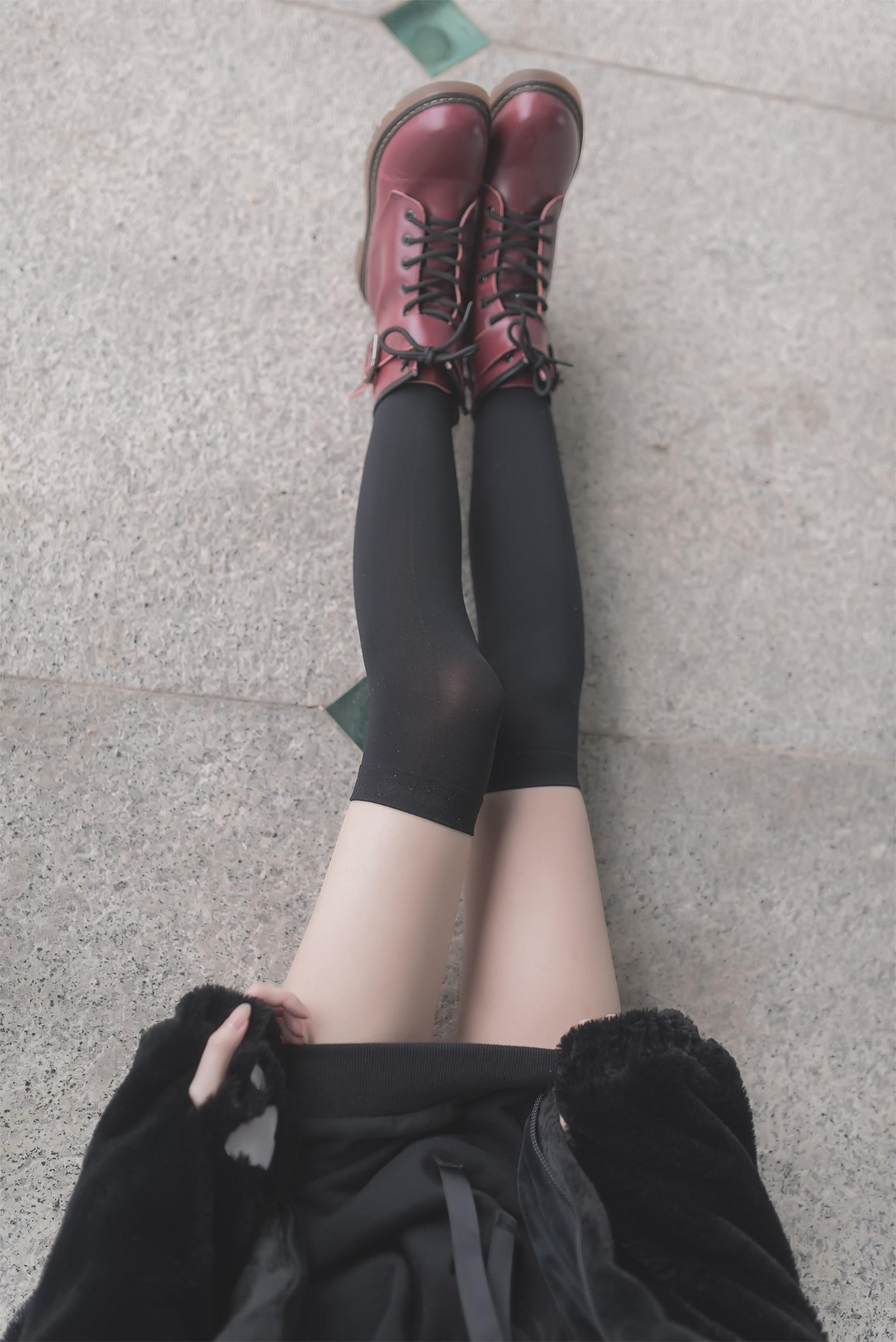 【兔玩映画】令人羡慕的小细腿 兔玩映画 第1张