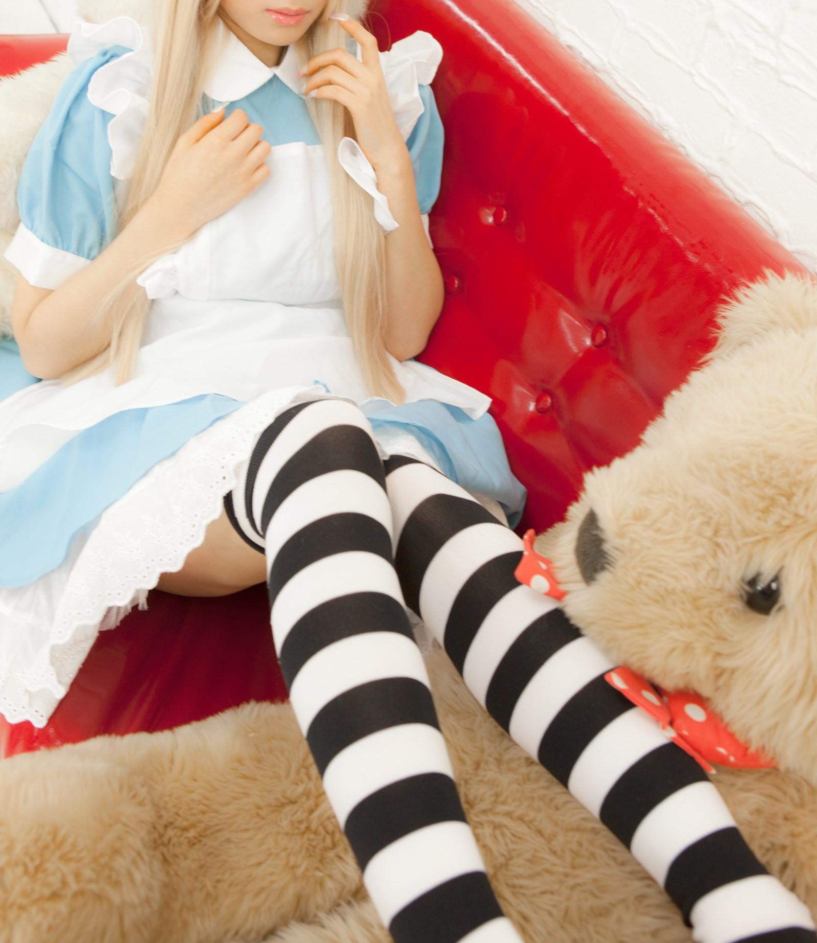【兔玩映画】爱丽丝少女 兔玩映画 第2张
