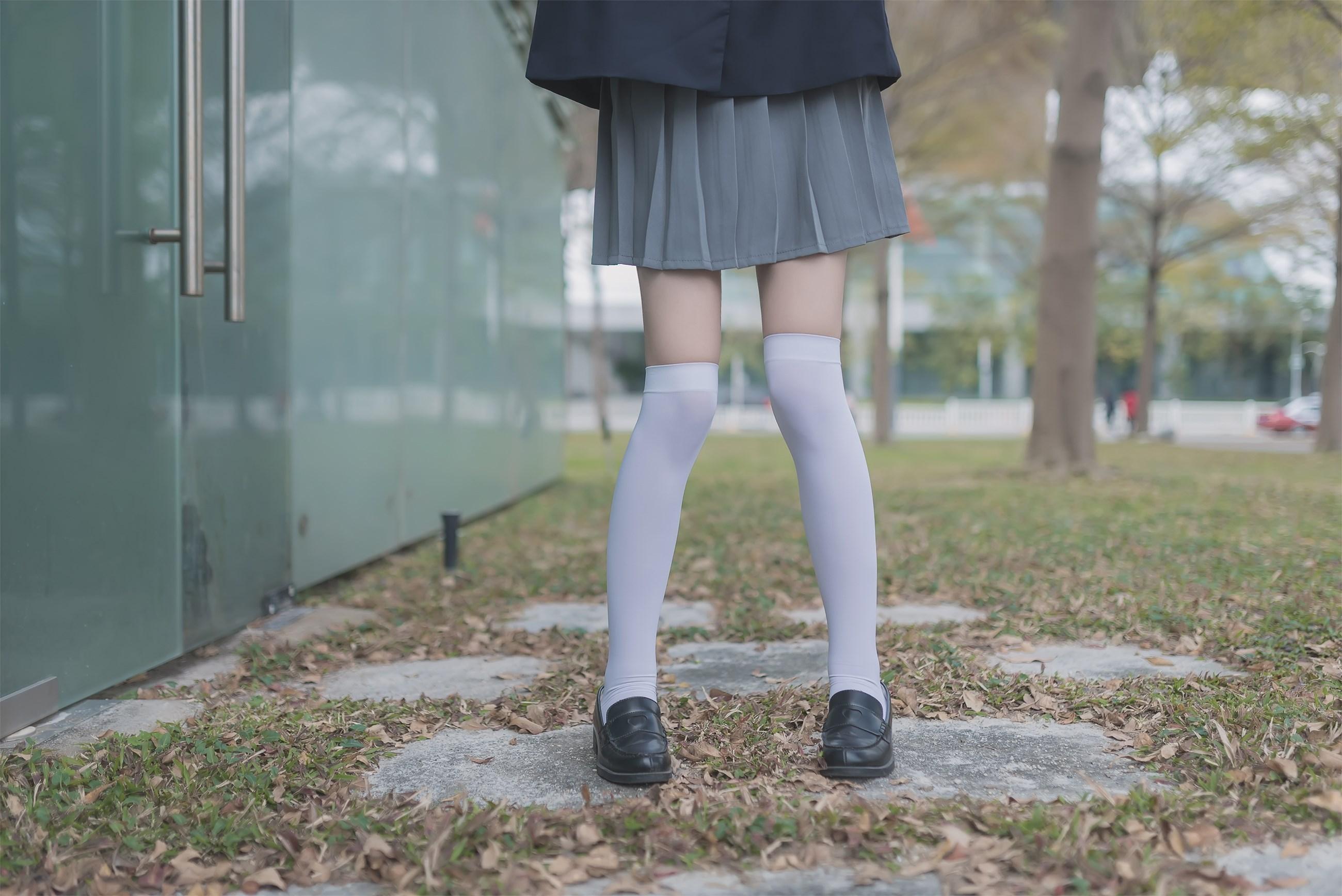 【兔玩映画】黑丝和白丝,你更喜欢哪个? 兔玩映画 第45张