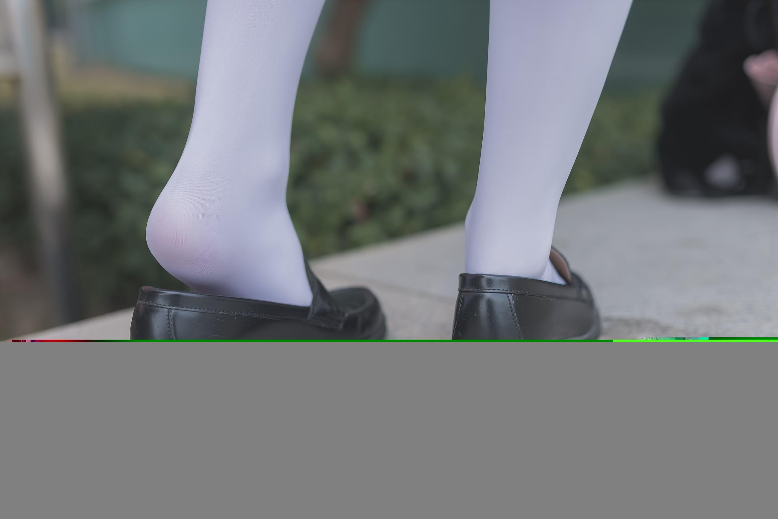 【兔玩映画】黑丝和白丝,你更喜欢哪个? 兔玩映画 第32张
