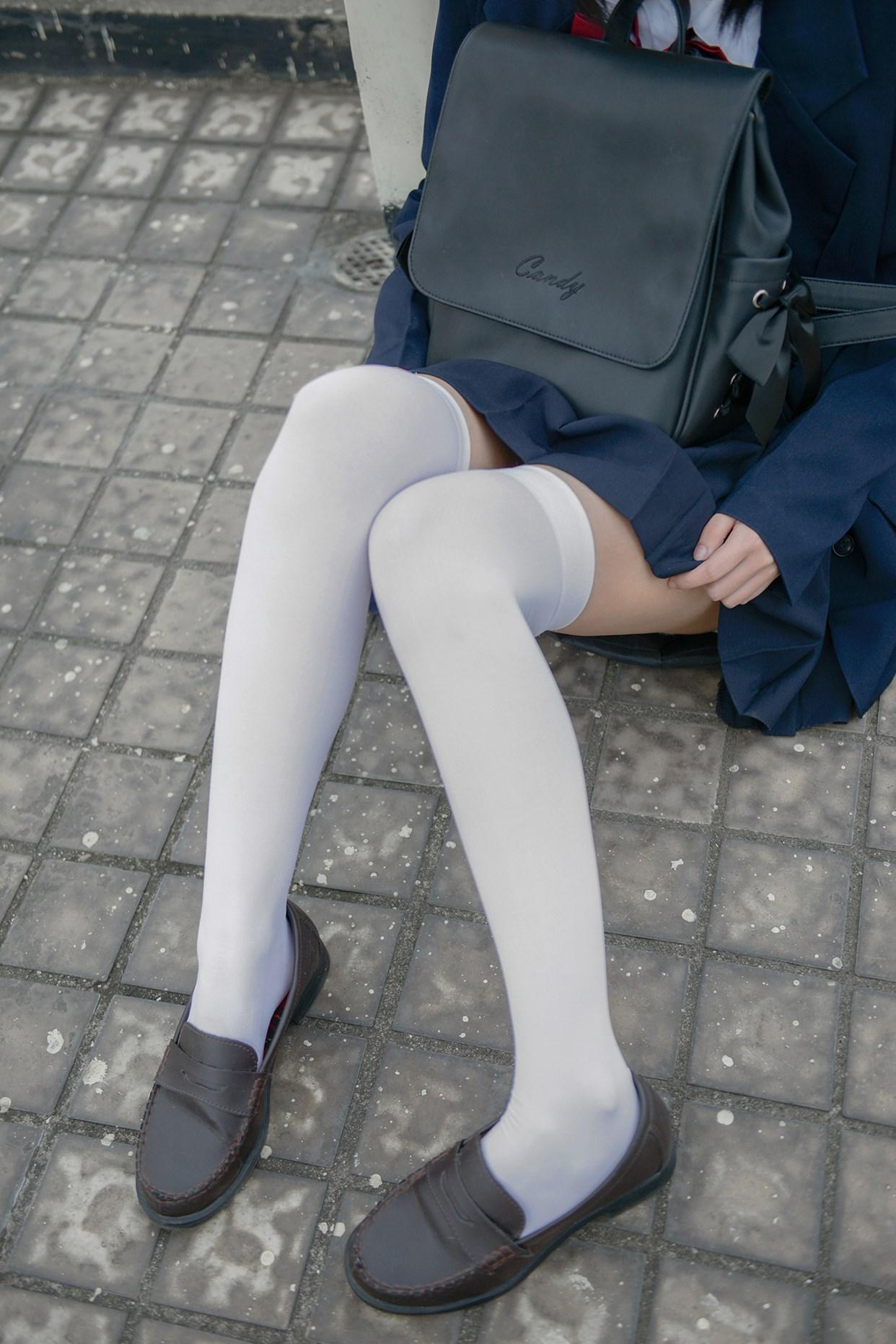 【兔玩映画】天台上的过膝少女 兔玩映画 第38张