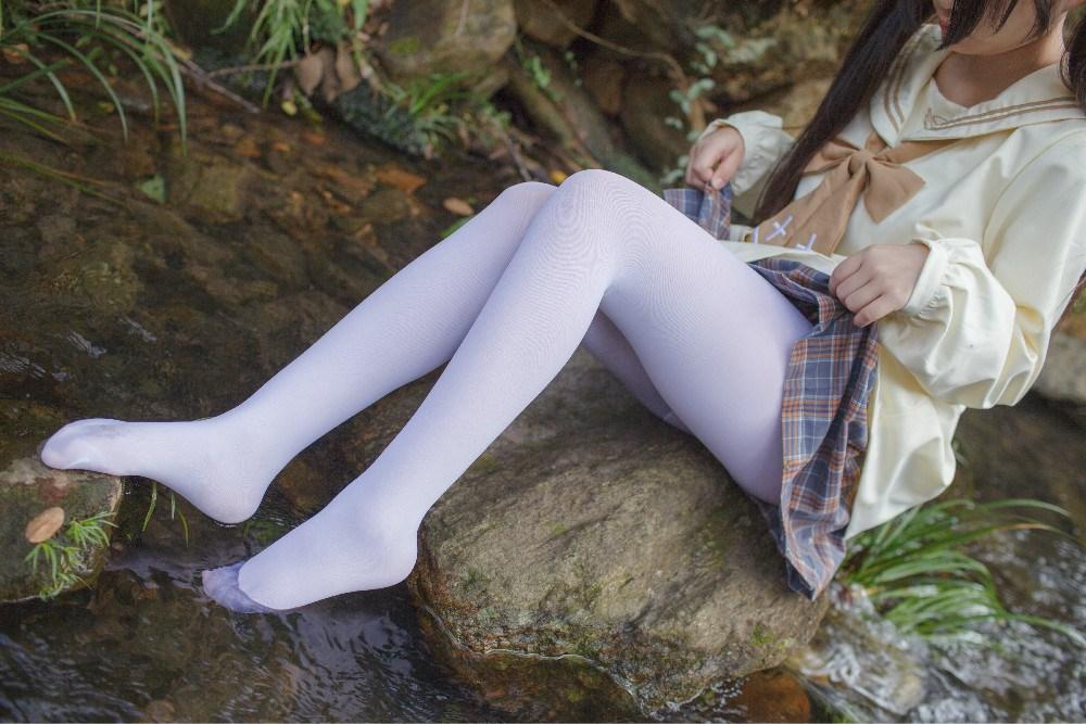 【兔玩映画】野外的萝莉白丝 兔玩映画 第33张