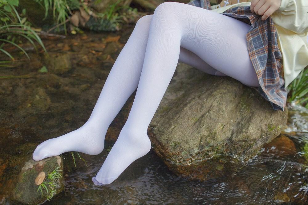 【兔玩映画】野外的萝莉白丝 兔玩映画 第31张