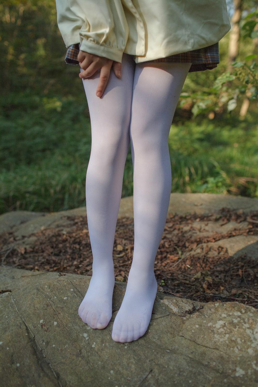 【兔玩映画】野外的萝莉白丝 兔玩映画 第18张