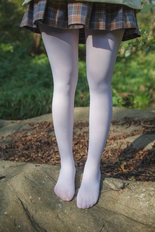 【兔玩映画】野外的萝莉白丝 兔玩映画 第16张