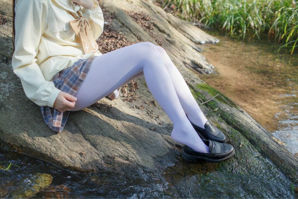 【兔玩映画】野外的萝莉白丝 兔玩映画 第9张