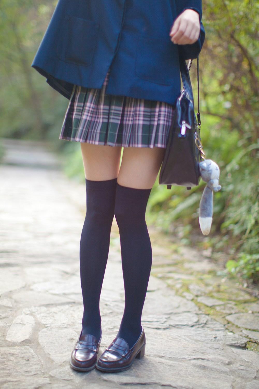 【兔玩映画】荒郊野岭 · 黑丝少女 兔玩映画 第6张