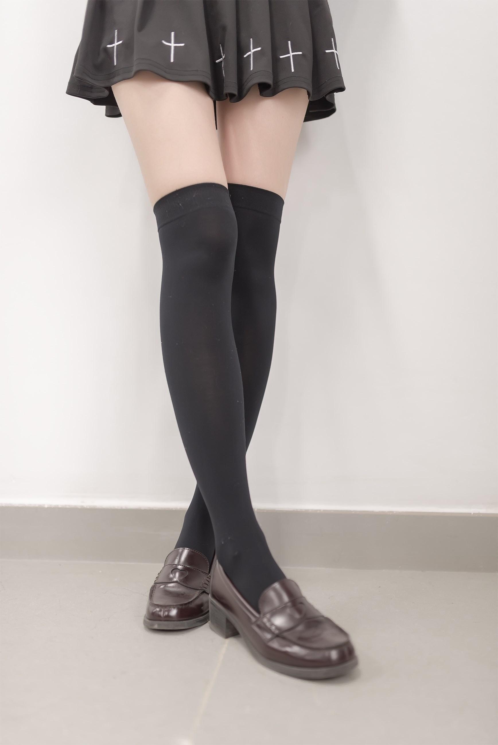 【兔玩映画】吊带的小裙子 兔玩映画 第3张
