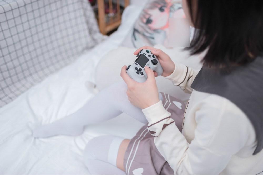 【兔玩映画】爱游戏的小宅女 兔玩映画 第9张
