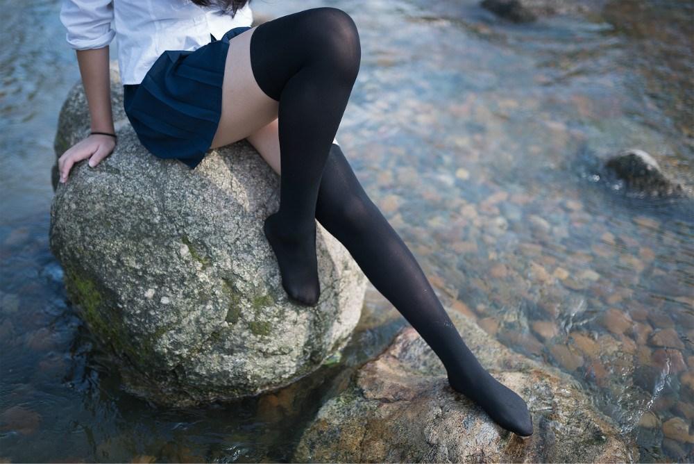 【兔玩映画】【必看!】野外湿身黑丝 兔玩映画 第19张