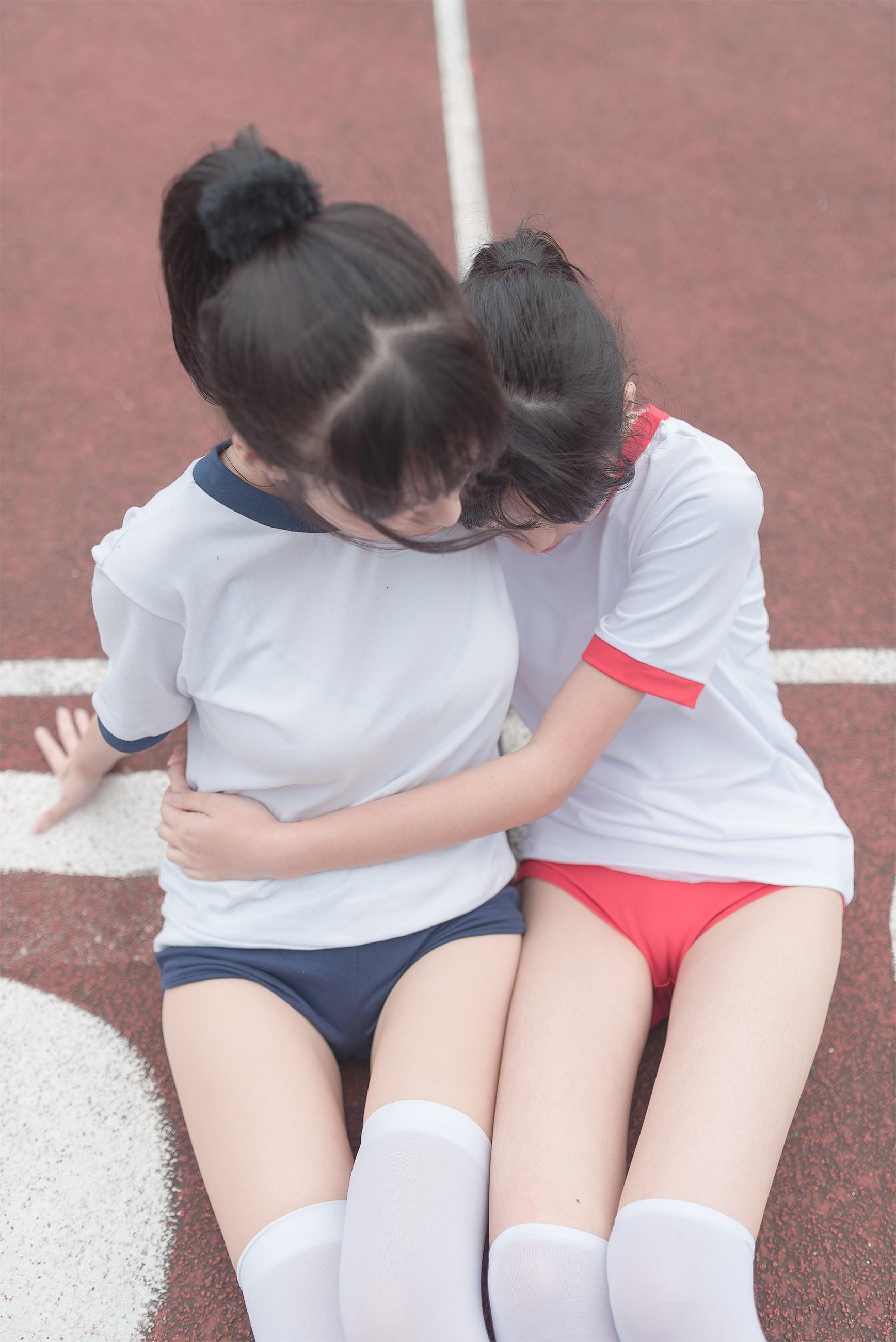 【兔玩映画】百合体操服少女 兔玩映画 第2张