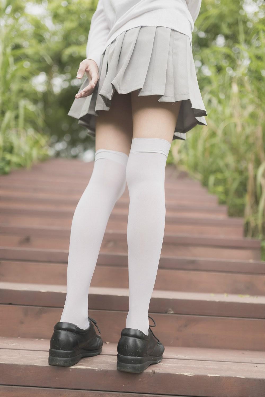 【兔玩映画】白丝过膝袜 兔玩映画 第4张