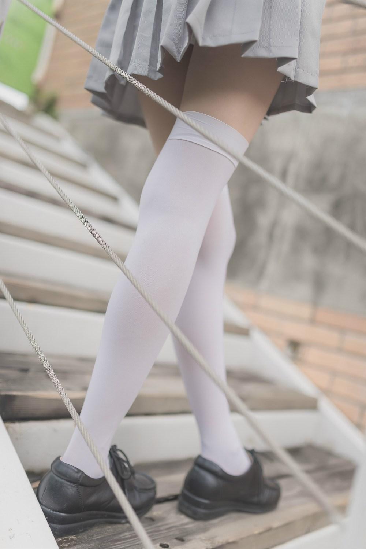 【兔玩映画】白丝过膝袜 兔玩映画 第3张