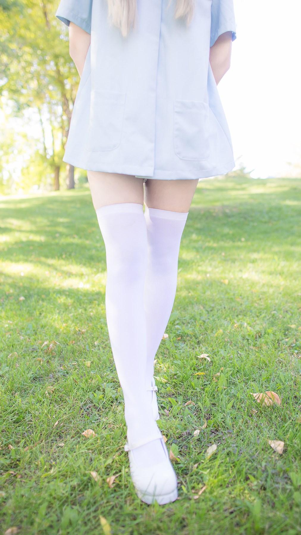 【兔玩映画】白色的午后 兔玩映画 第2张