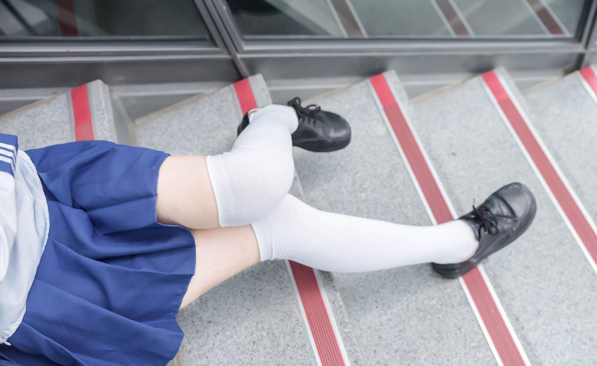 【兔玩映画】沉迷看腿,无法自拔 兔玩映画 第6张