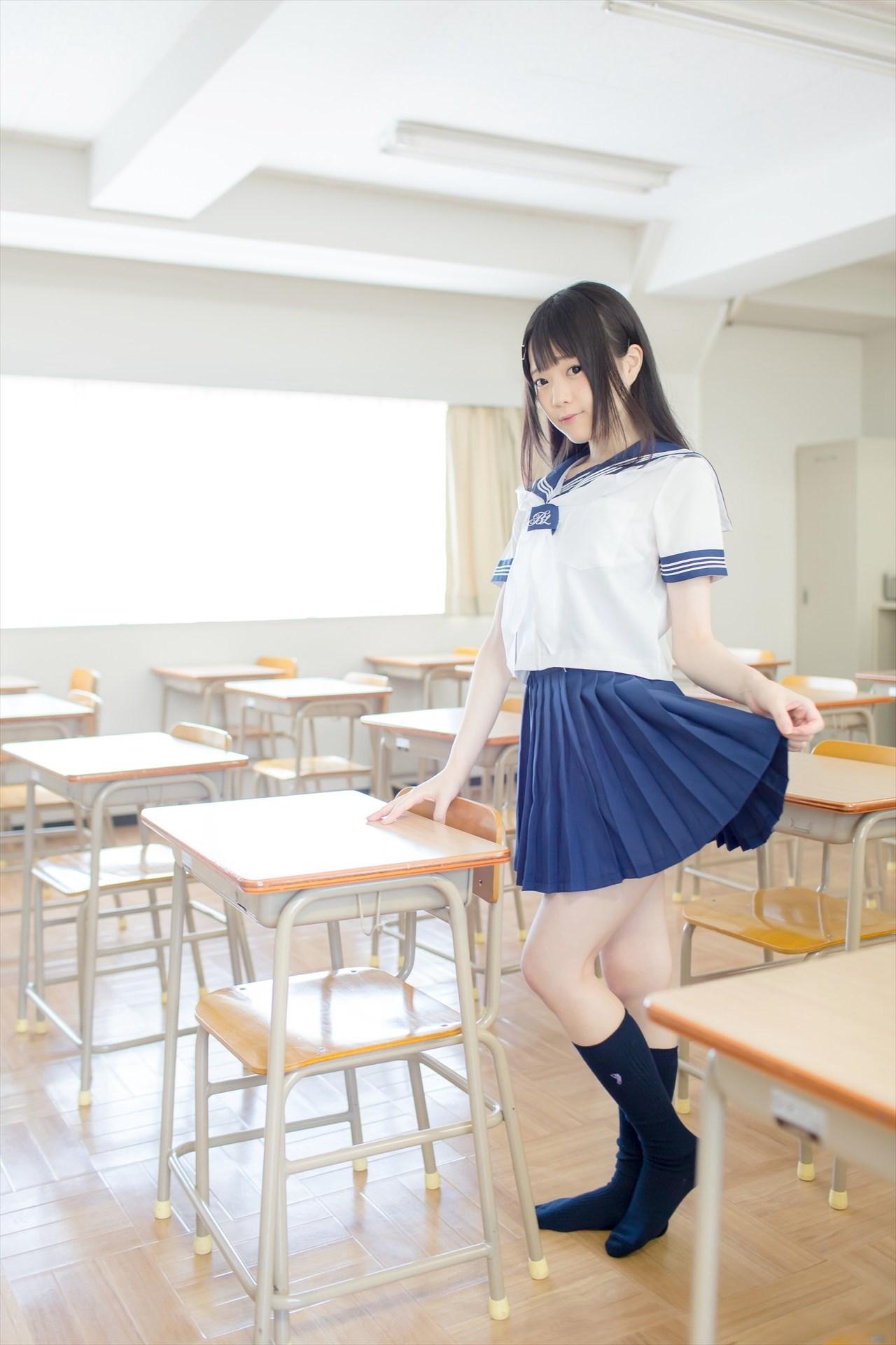 【兔玩映画】教室里的死库水 兔玩映画 第5张