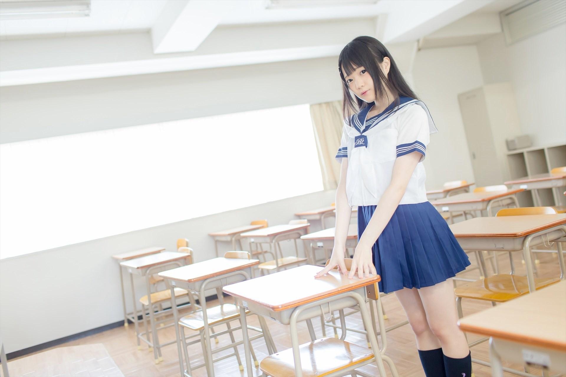 【兔玩映画】教室里的死库水 兔玩映画 第4张