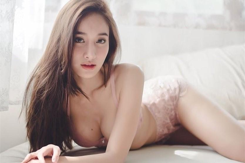高颜值泰国网红任Playboy大使扮小兔兔大晒事业线!