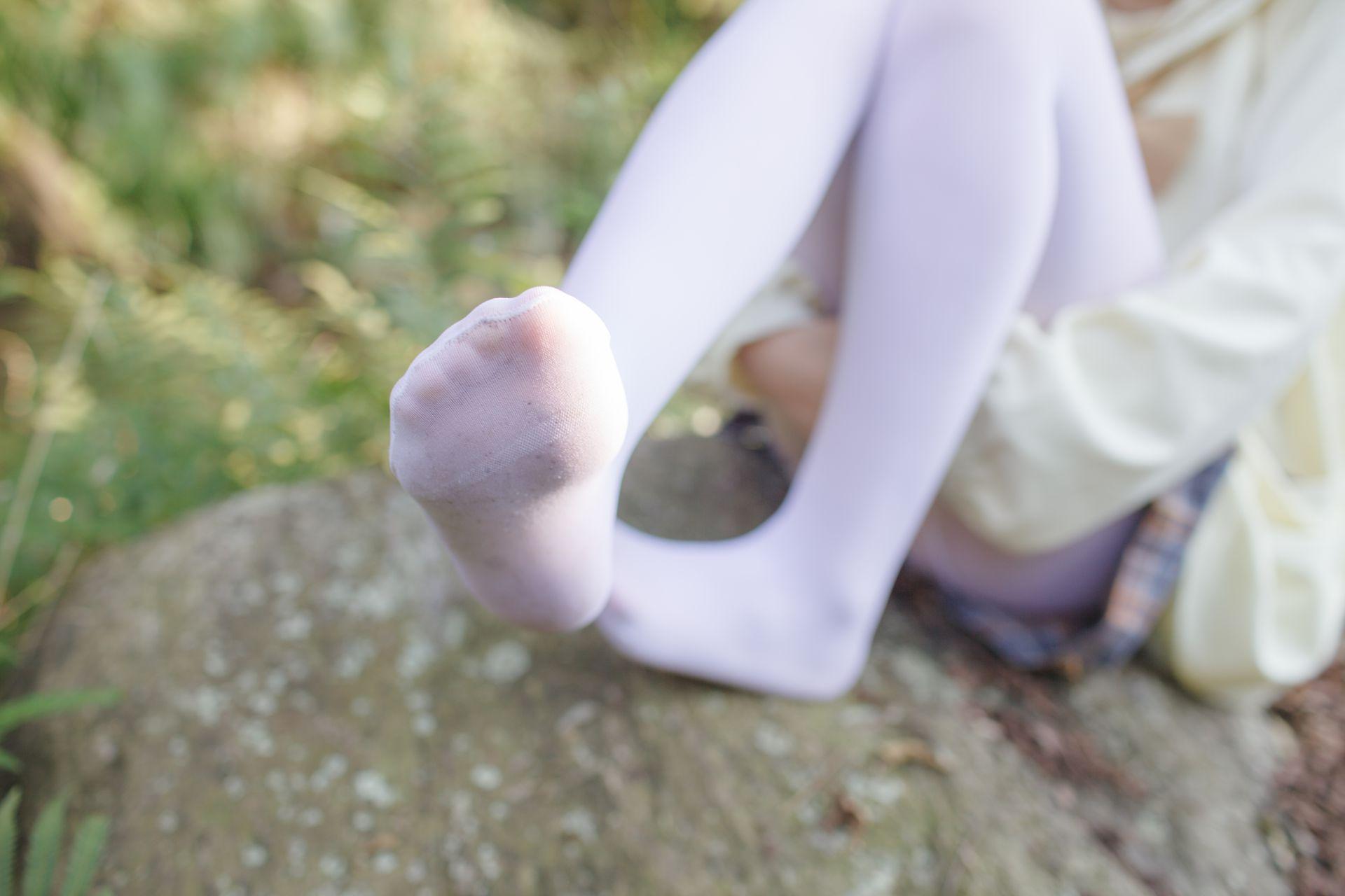 少女秩序 EXVOL.02 白丝户外 活捉野外小姐姐 兔玩映画 第25张