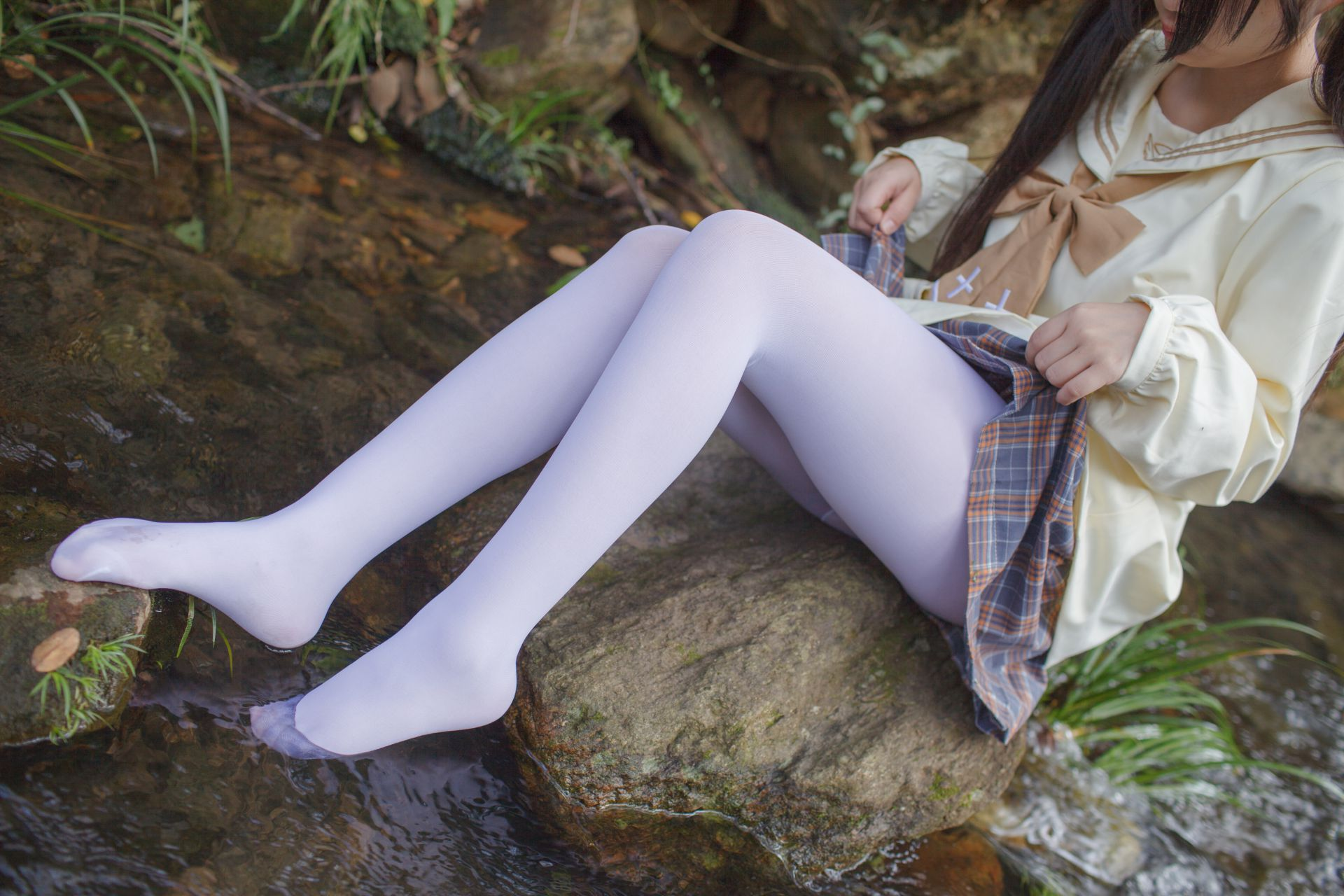 少女秩序 EXVOL.02 白丝户外 活捉野外小姐姐 兔玩映画 第37张