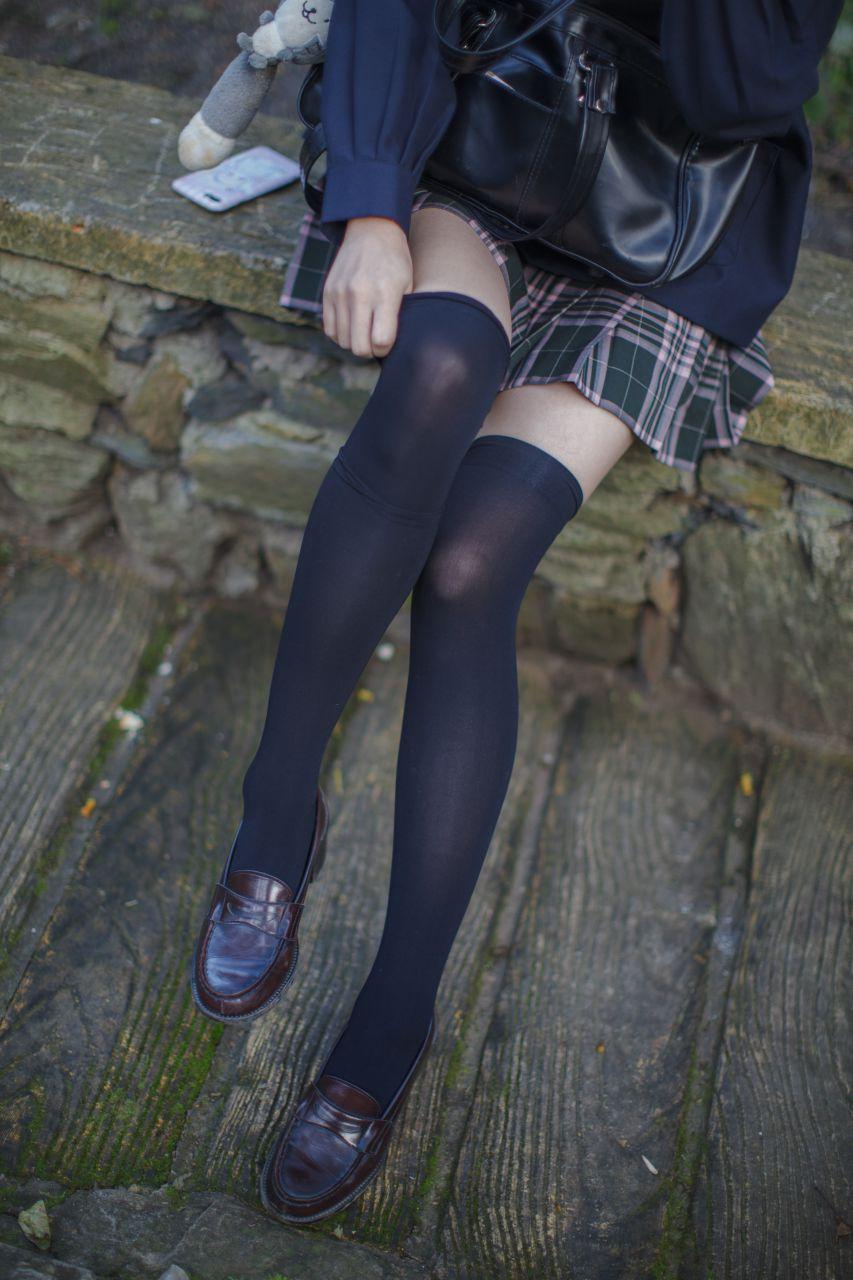 少女秩序 EXVOL.02 白丝户外 活捉野外小姐姐 兔玩映画 第54张