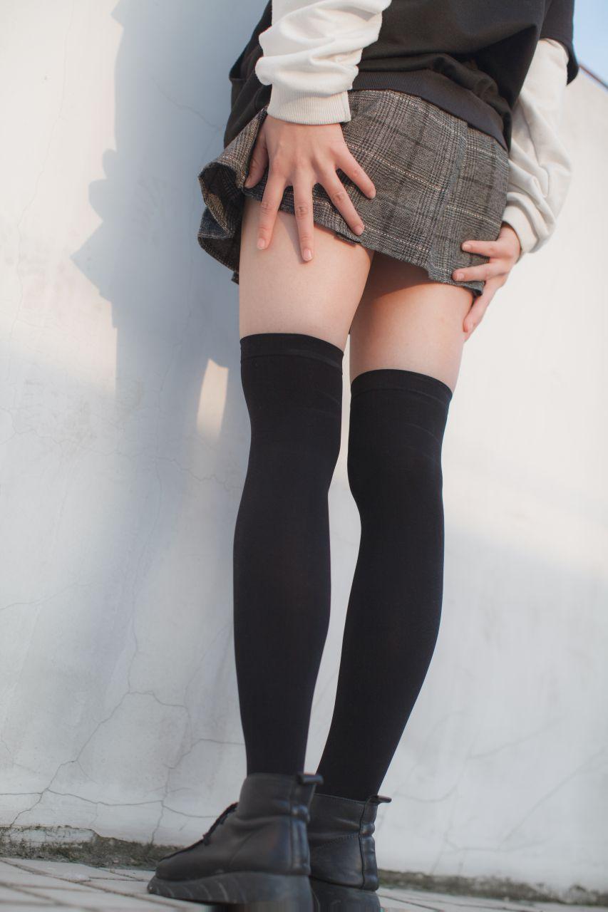 少女秩序 EXVOL.04 天台的黑丝小恶魔 兔玩映画 第7张
