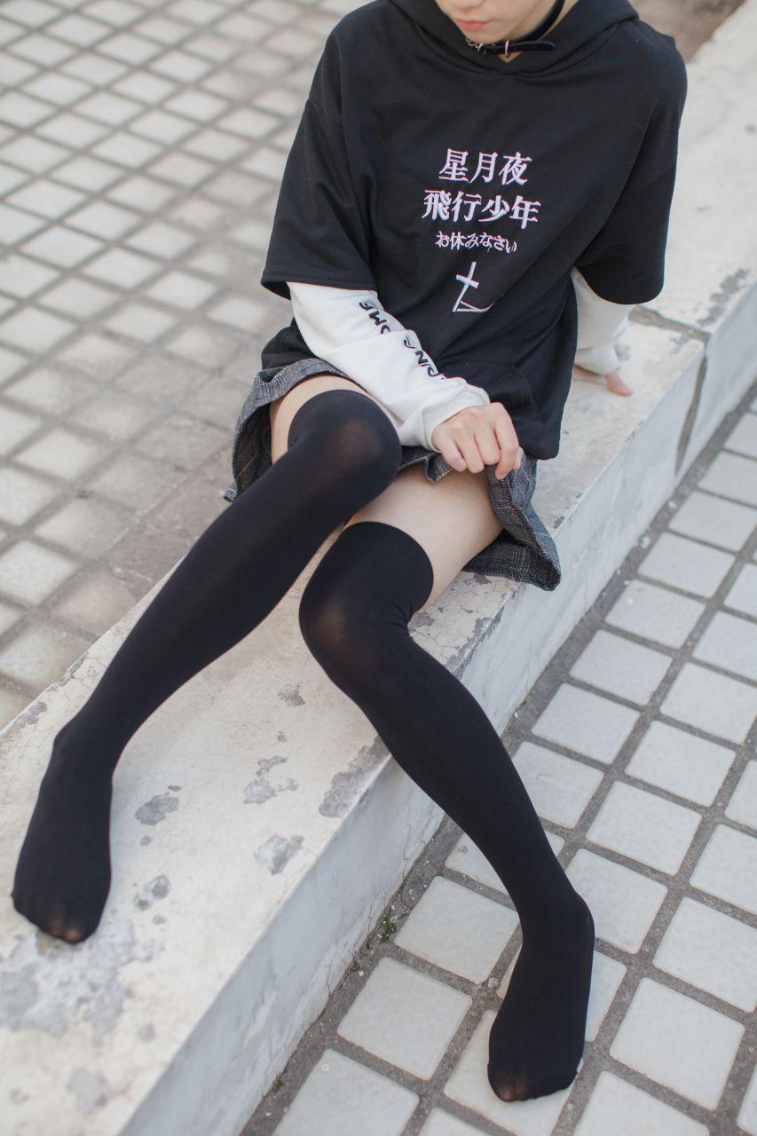 少女秩序 EXVOL.04 天台的黑丝小恶魔 兔玩映画 第33张
