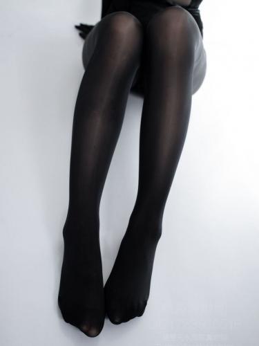 【森萝财团】森萝财团写真 – WTMSB-002 黑丝网袜兔女郎 [142P-1V-2.29GB]