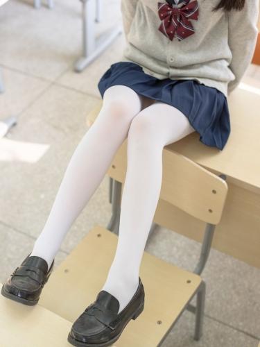 【森萝财团】森萝财团写真 – SSR-004 水手服白丝双马尾 [99P-562MB]