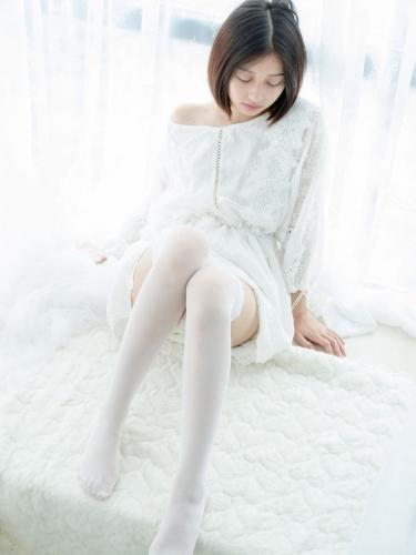 【森萝财团】森萝财团写真 – SSR-003 少女白色遐想 [161P-873MB]