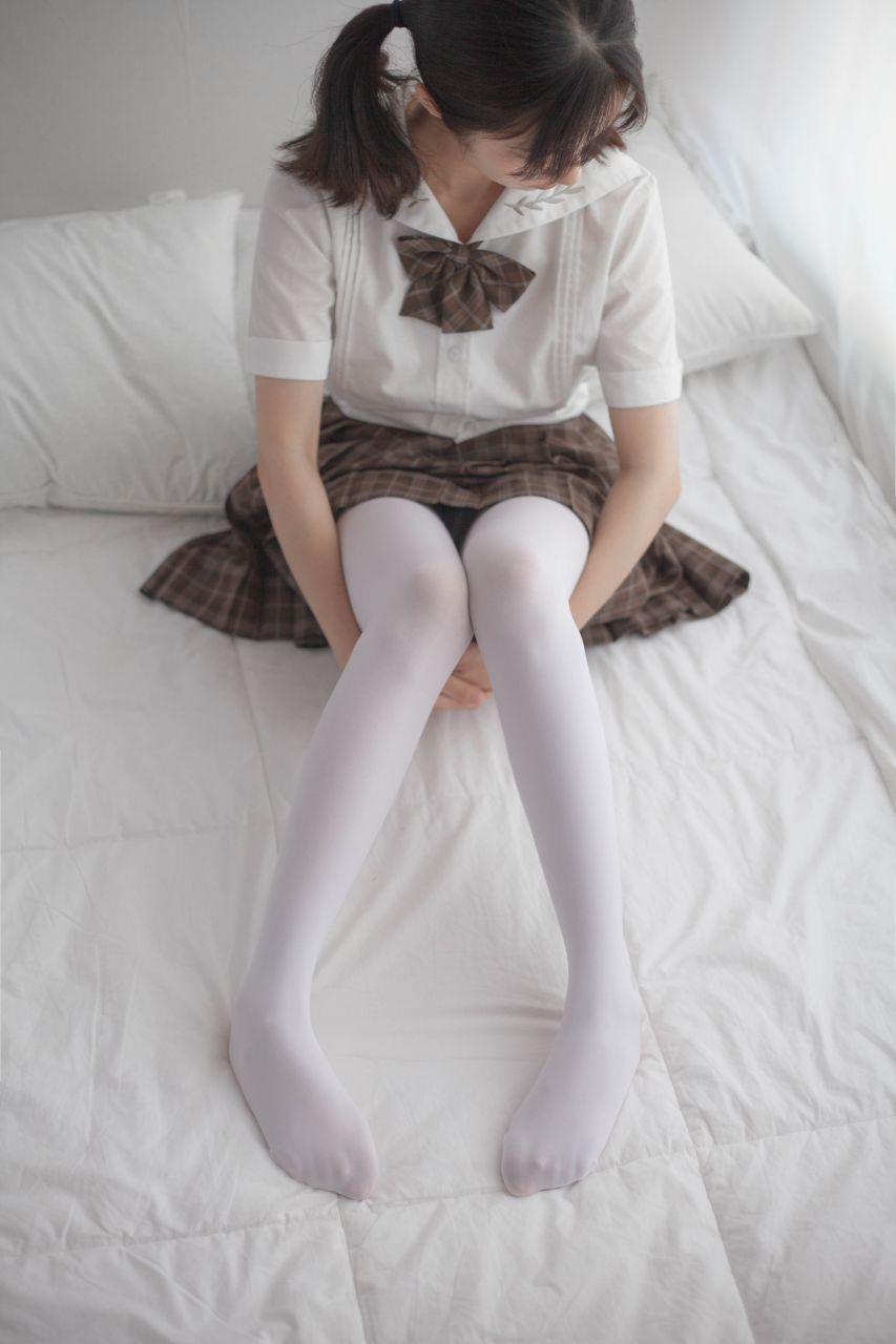 少女秩序 VOL.007 格子短裙的诱惑 兔玩映画 第1张
