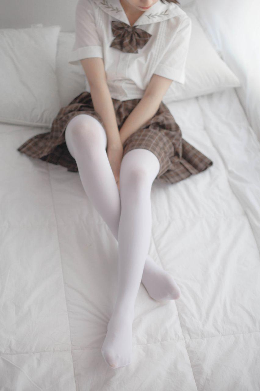少女秩序 VOL.007 格子短裙的诱惑 兔玩映画 第2张