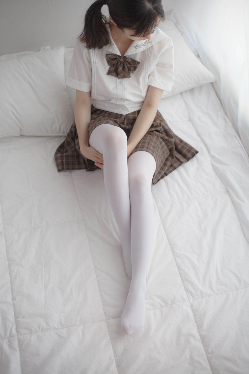 少女秩序 VOL.007 格子短裙的诱惑 兔玩映画 第3张
