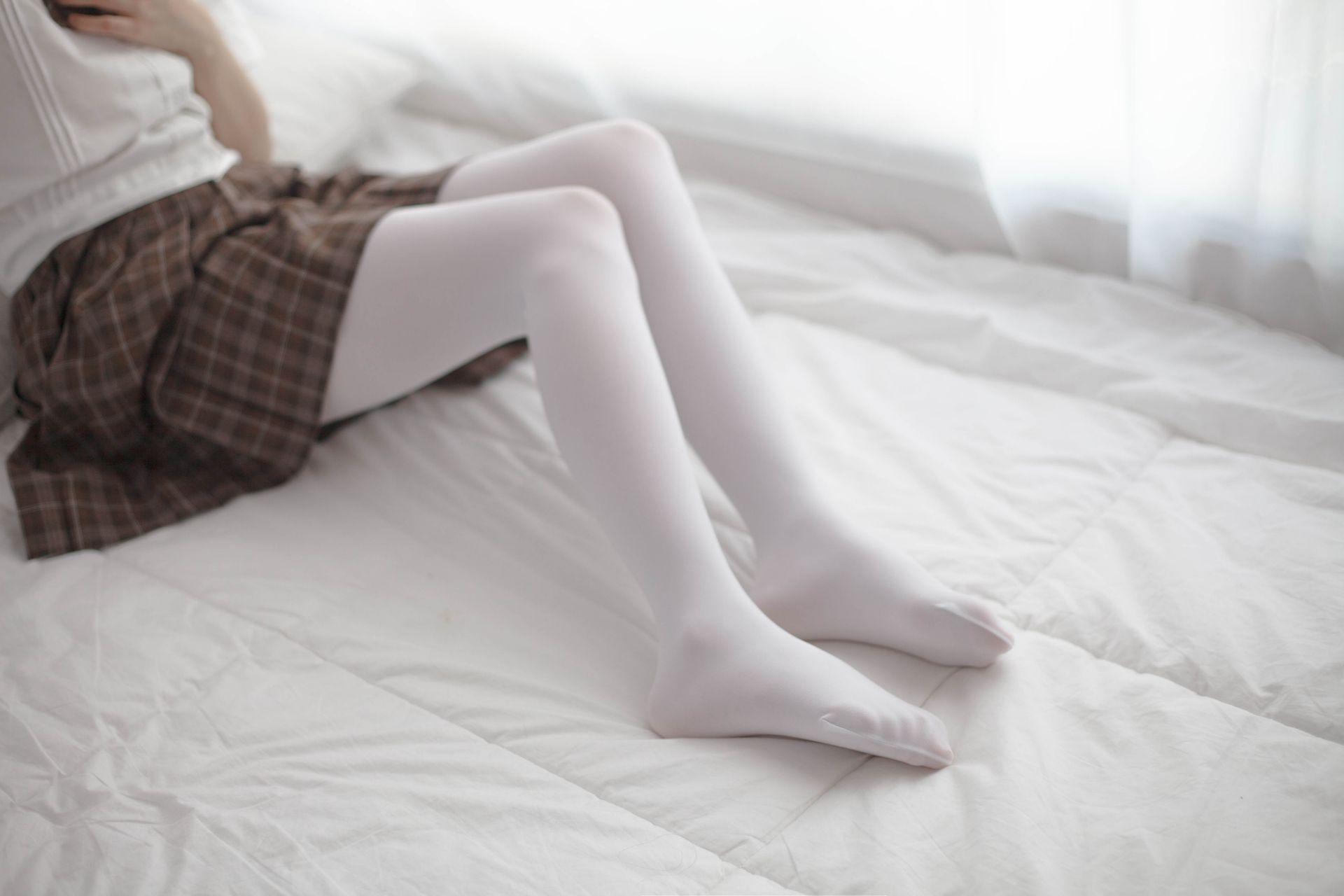 少女秩序 VOL.007 格子短裙的诱惑 兔玩映画 第4张