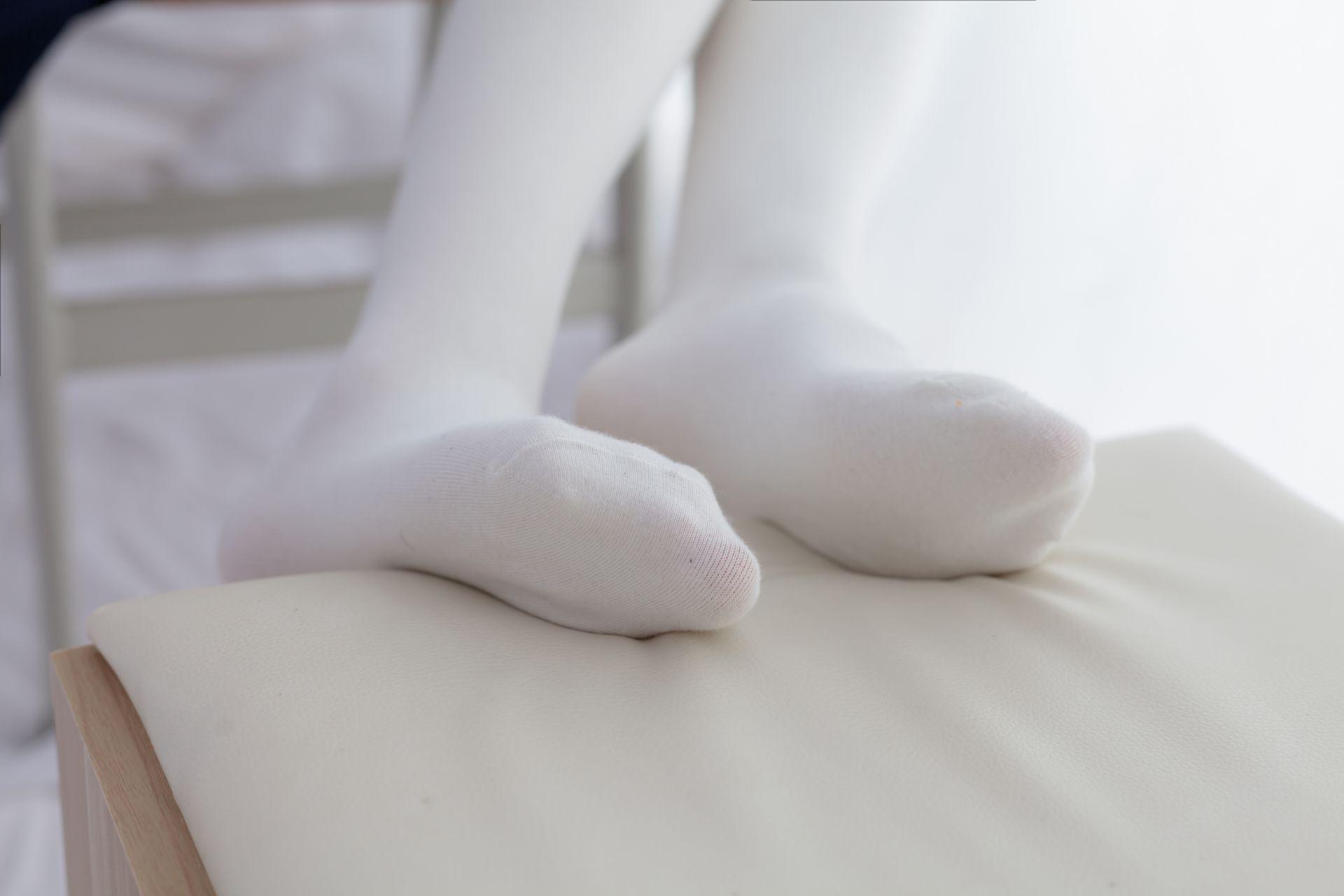 少女秩序 VOL.008 白丝长筒袜 兔玩映画 第10张