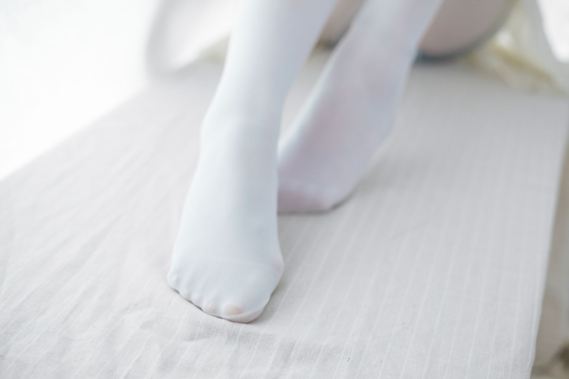 少女秩序 VOL.015 超薄丝袜的质感 兔玩映画 第16张