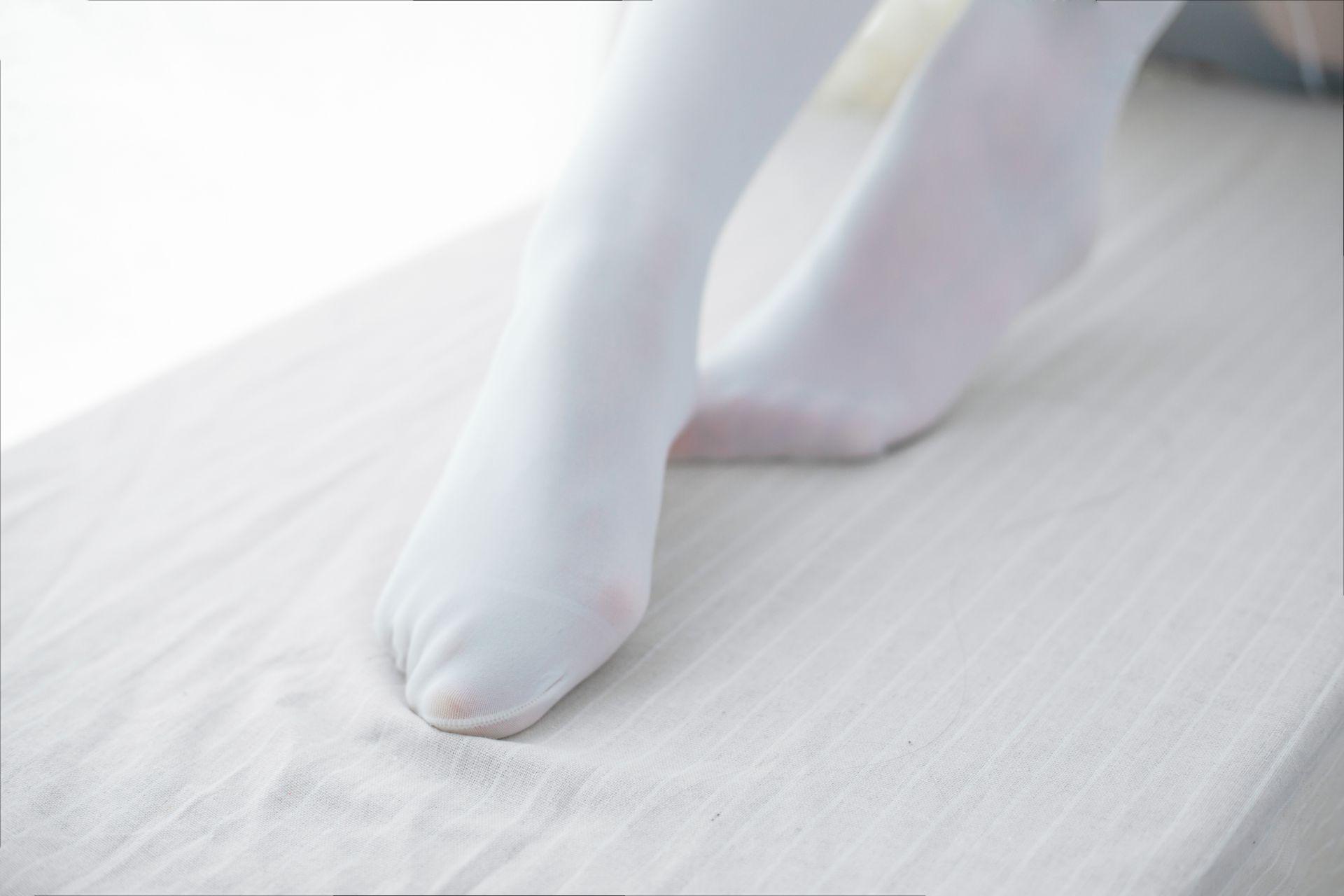 少女秩序 VOL.015 超薄丝袜的质感 兔玩映画 第17张