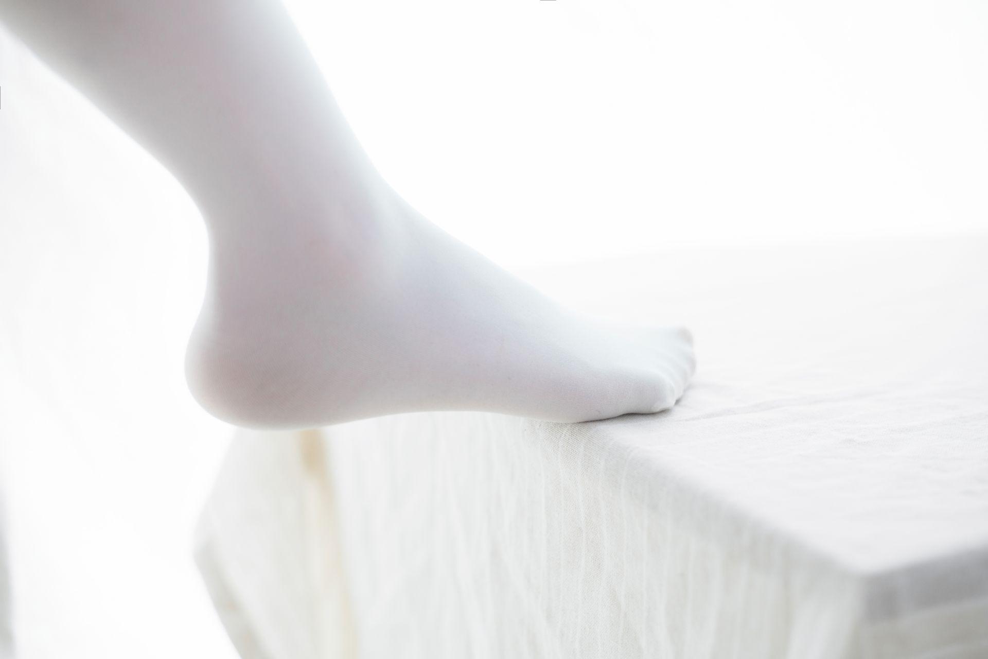 少女秩序 VOL.015 超薄丝袜的质感 兔玩映画 第18张