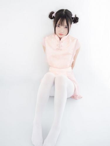 【森萝财团】森萝财团写真 – X-052 超可爱的丸子头少女 [66P-1V-1.63GB]