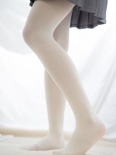 【喵写真】 喵写真 – R15-017 美腿要配个丝袜 [104P-735MB]