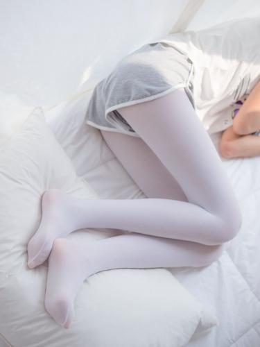 【喵写真】 喵写真 – R15-011 少女的白丝袜 [90P-399MB]