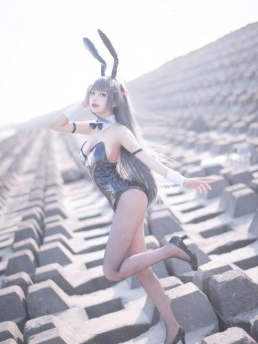 【喵糖映画】喵糖映画 – TML.011 麻衣学姐兔女郎 [20P-215M]